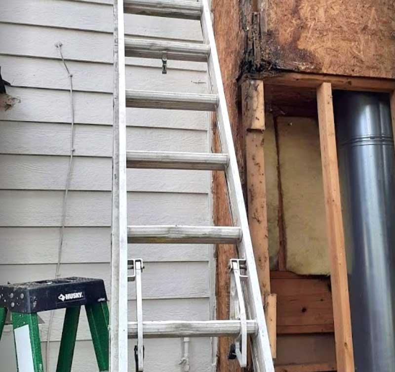 Water Damage house before repairs.